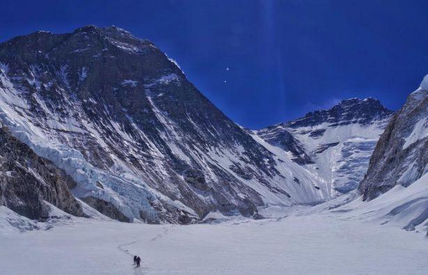 Украинская экспедиция на Эверест и Лхоцзе: ледопад Кхумбу и дальше вверх Украинская экспедиция на Эверест и Лхоцзе: ледопад Кхумбу и дальше вверх 25 614x395
