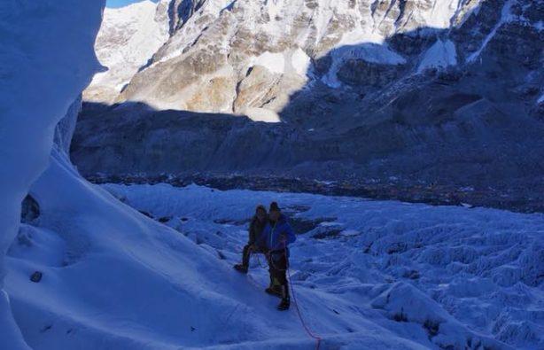 Украинская экспедиция на Эверест и Лхоцзе: ледопад Кхумбу и дальше вверх Украинская экспедиция на Эверест и Лхоцзе: ледопад Кхумбу и дальше вверх 31 614x395
