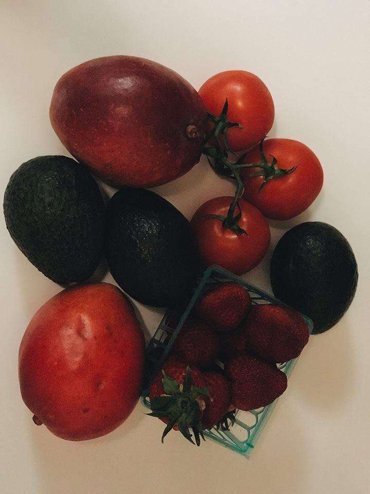 Кому авокадо, а кому гамбургер: мифы о «пластиковой еде» в США Кому авокадо, а кому гамбургер: мифы о «пластиковой еде» в США 32679006 10215207096558220 2696202532228694016 n
