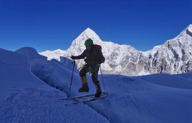 Украинская экспедиция на Эверест и Лхоцзе: ледопад Кхумбу и дальше вверх Украинская экспедиция на Эверест и Лхоцзе: ледопад Кхумбу и дальше вверх 34 614x395