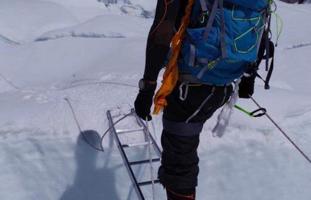 Украинская экспедиция на Эверест и Лхоцзе: ледопад Кхумбу и дальше вверх Украинская экспедиция на Эверест и Лхоцзе: ледопад Кхумбу и дальше вверх 37 614x395