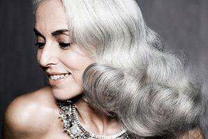 Почему на самом деле седеют волосы: версия ученых
