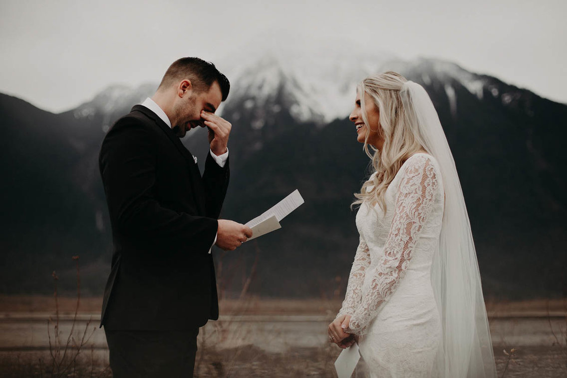 Самый счастливый день: лучшие свадебные фотографии 2017 года Самый счастливый день: лучшие свадебные фотографии 2017 года 5a981a46aae60594018b462c 1136 757