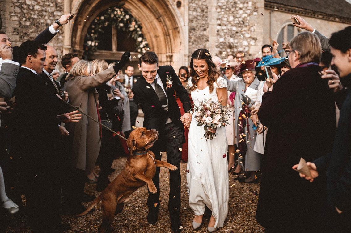 Самый счастливый день: лучшие свадебные фотографии 2017 года Самый счастливый день: лучшие свадебные фотографии 2017 года 5a981a48aae60519008b4683 1136 757