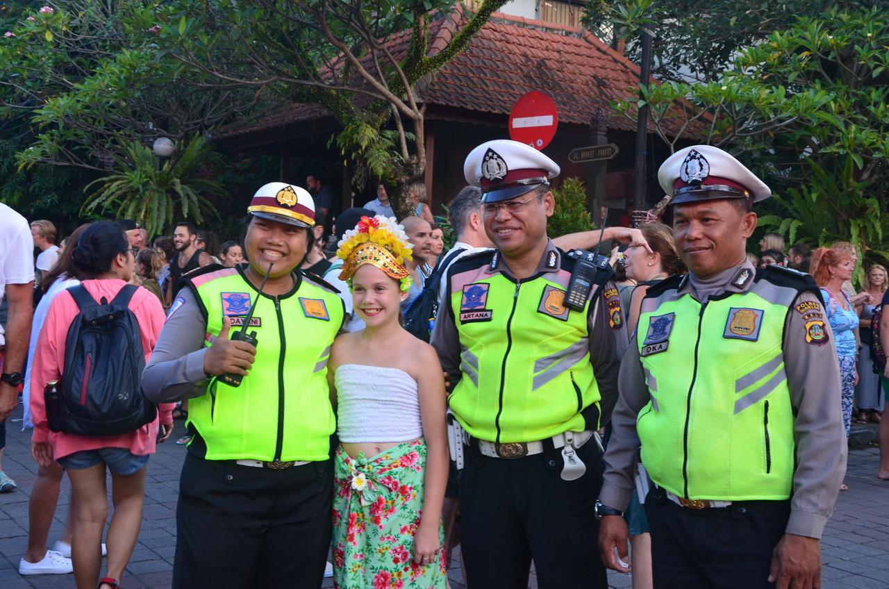 Летающие монстры, или Как празднуют Новый год на Бали Летающие монстры, или Как празднуют Новый год на Бали DSC 0036