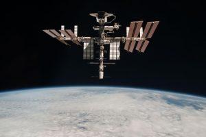 МКС поднялась над Землей еще выше