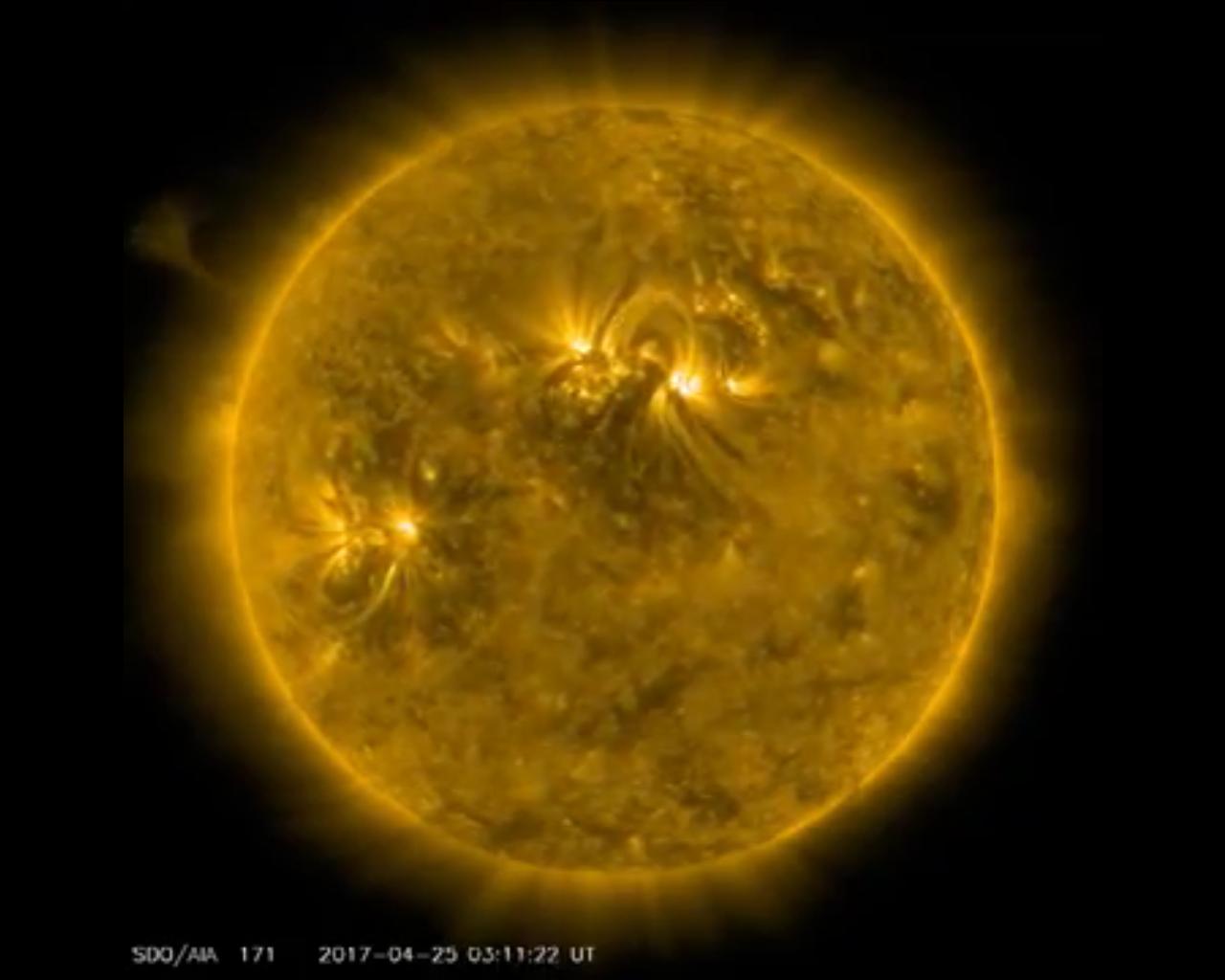 NASA показало таймлапс-видео вращения Солнца