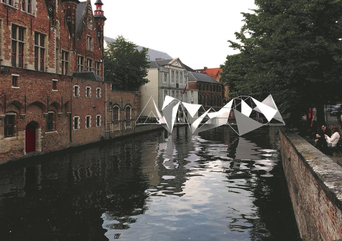 В Брюгге стартовал Фестиваль современного искусства: город не узнать (фото) В Брюгге стартовал Фестиваль современного искусства: город не узнать (фото) gallery 220178 trie nnalebrugge2018  jaros aw kozakiewicz brug