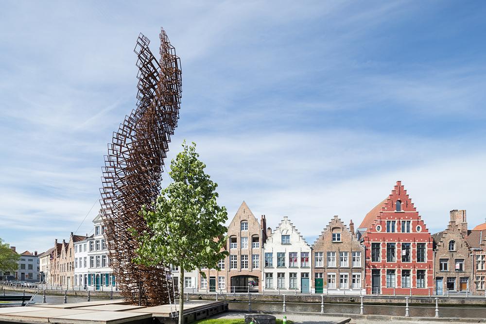В Брюгге стартовал Фестиваль современного искусства: город не узнать (фото) В Брюгге стартовал Фестиваль современного искусства: город не узнать (фото) gallery Triennale2
