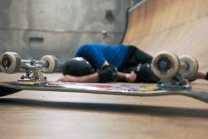 Легендарный скейтбордист в честь 50-летия исполнил 50 трюков