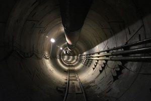 Илон Маск почти достроил туннель под Лос-Анджелесом