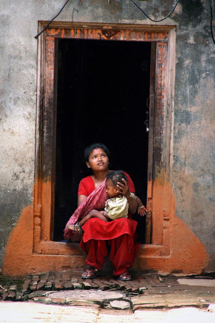 День матери: мамы всего мира глазами известного фотографа День матери: мамы всего мира глазами известного фотографа mother 22 5af2c97b923b1  880