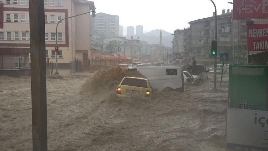 На Анкару обрушилось сильнейшее за 500 лет наводнение