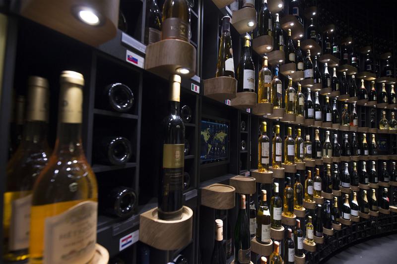 В Бордо состоится знаменитый Фестиваль вин В Бордо состоится знаменитый Фестиваль вин p 52862096