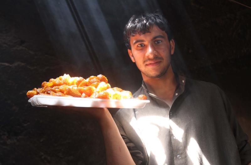 Как мусульмане всего мира отмечают начало Рамадана (фото) Как мусульмане всего мира отмечают начало Рамадана (фото) p 54343765