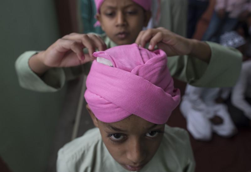 Как мусульмане всего мира отмечают начало Рамадана (фото) Как мусульмане всего мира отмечают начало Рамадана (фото) p 54344329
