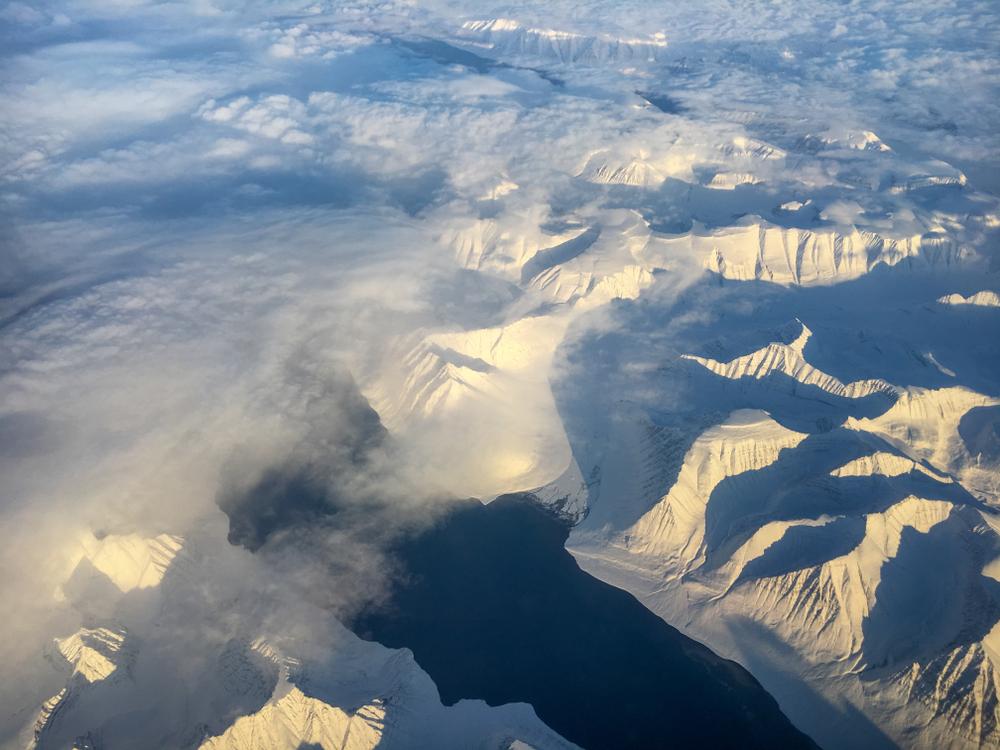 Взлет и падение древних цивилизаций можно прочесть по льдам Арктики Взлет и падение древних цивилизаций можно прочесть по льдам Арктики shutterstock 1078330919