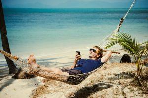 Мобильный интернет в путешествии: какие SIM-карты выгоднее