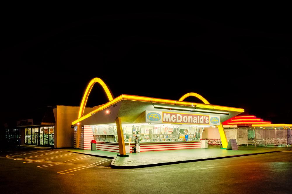Кому авокадо, а кому гамбургер: мифы о «пластиковой еде» в США Кому авокадо, а кому гамбургер: мифы о «пластиковой еде» в США shutterstock 639656827