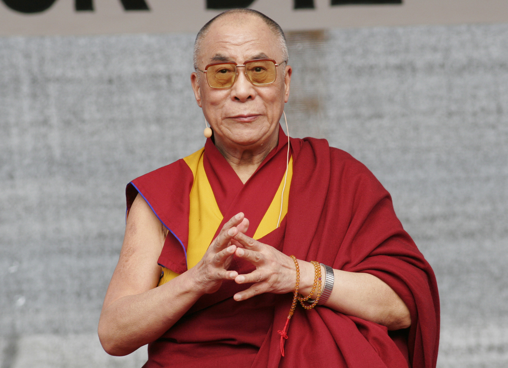Мир на Земле наступит через 20 лет: предсказание Далай-ламы