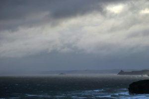 В  Южном полушарии прошла волна высотой с семиэтажку