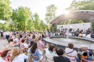 День защиты детей в Киеве отметили концертом в парке Шевченко