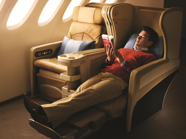 Пассажир бизнес-класса 17 часов не вставал со своего места