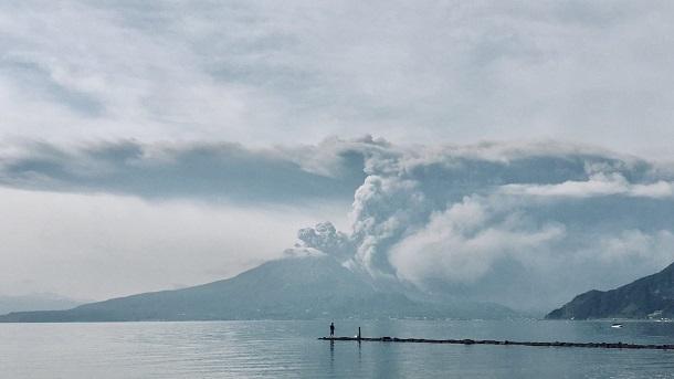 Японский остров Кюсю  засыпало пеплом Японский остров Кюсю  засыпало пеплом 2 13