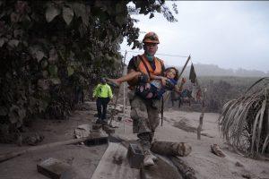 Извержения вулкана в Гватемале: деревня превратилась в крематорий