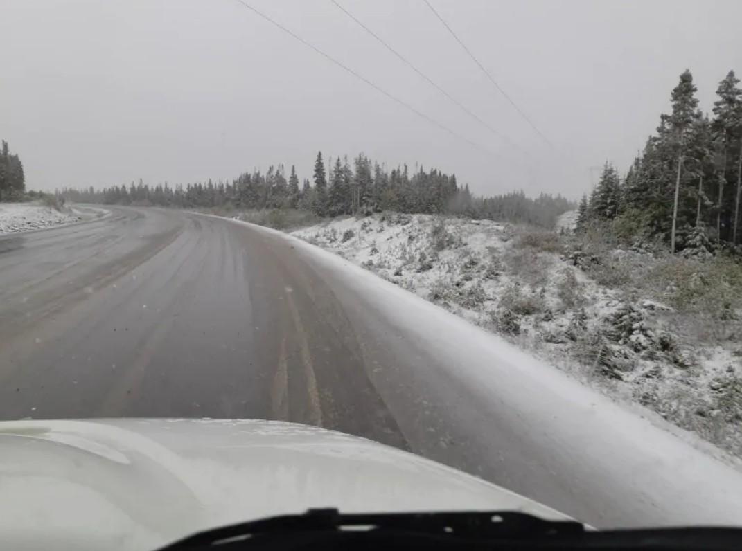 Канаду неожиданно засыпало снегом Канаду неожиданно засыпало снегом 4 10