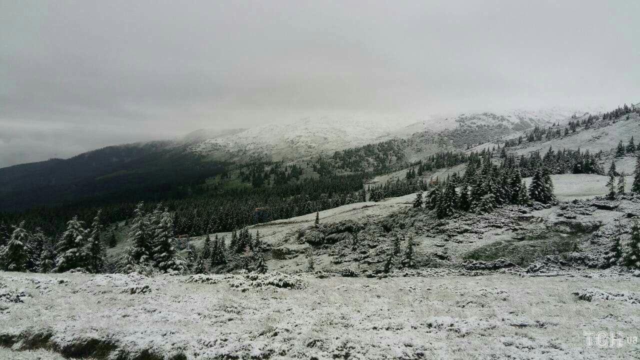 В Закарпатье из-за выпавшего снега эвакуировали детский лагерь В Закарпатье из-за выпавшего снега эвакуировали детский лагерь 7c80663efad50f54d1da56beb31eac1c
