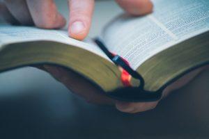 Религиозность связали с долголетием