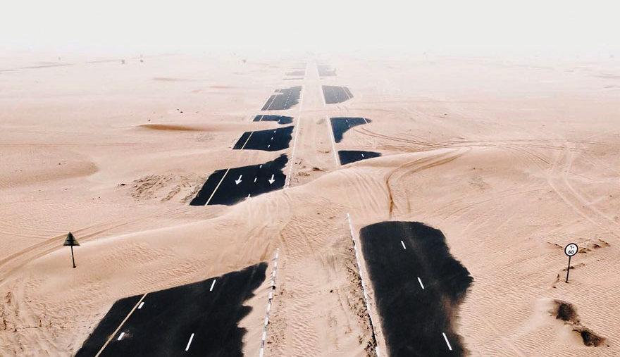 Фотограф запечатлел, как пустыня «съедает» Дубай