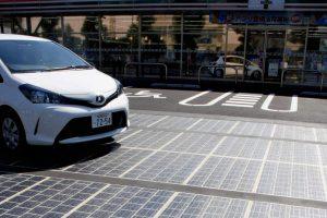 Токио строит экодороги на солнечных батареях