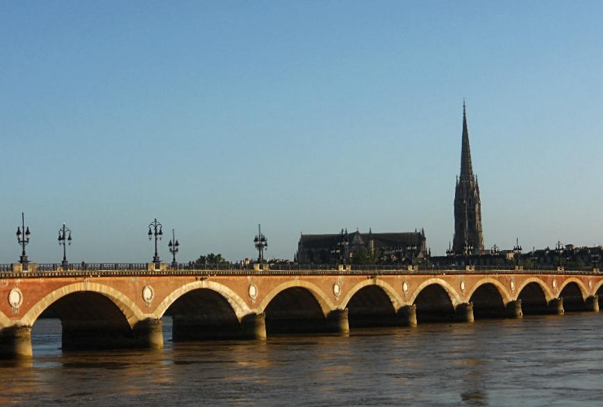 4 дні у Бордо: з вином і без вини 4 дні у Бордо: з вином і без вини kamyanij mist