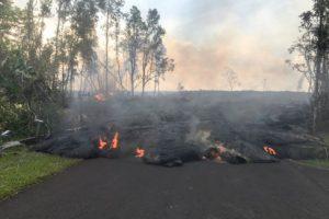 Зефир не жарить: правила поведения возле вулкана в США