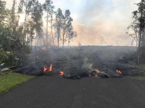 Зефир не жарить: правила поведения возле вулкана в США.Вокруг Света. Украина