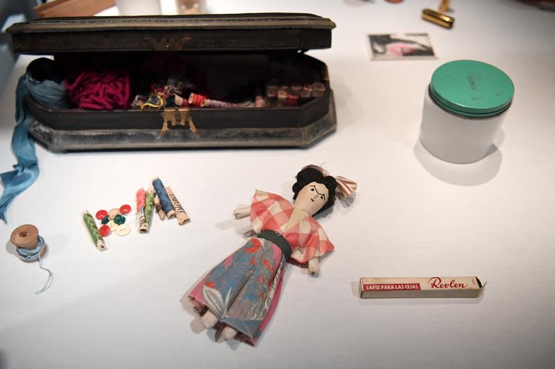 В Лондоне открылась выставка вещей Фриды Кало В Лондоне открылась выставка вещей Фриды Кало p 54403730