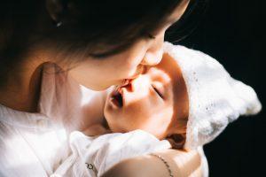 В котором часу чаще всего рождаются дети?