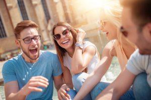 Жизнь в большом городе делает людей счастливыми