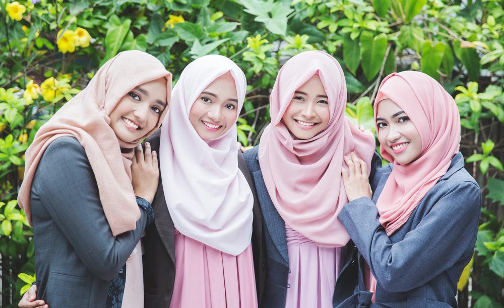 Христианки носят хиджаб во время Рамадана в знак солидарности с мусульманками
