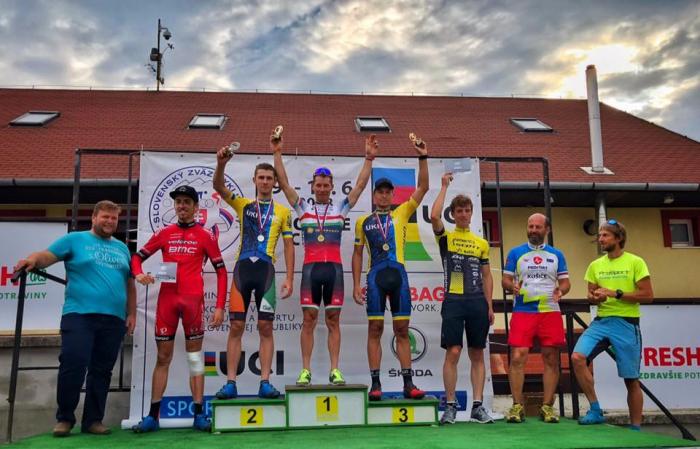 маунтинбайк Украинец завоевал «серебро» на состязаниях по маунтинбайку в Словакии velosport