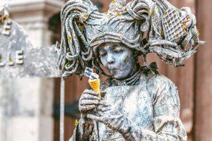 В Бельгии прошел Марш статуй