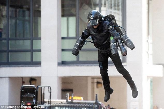 Летающий реактивный костюм продается в лондонском универмаге за $440 тысяч.Вокруг Света. Украина