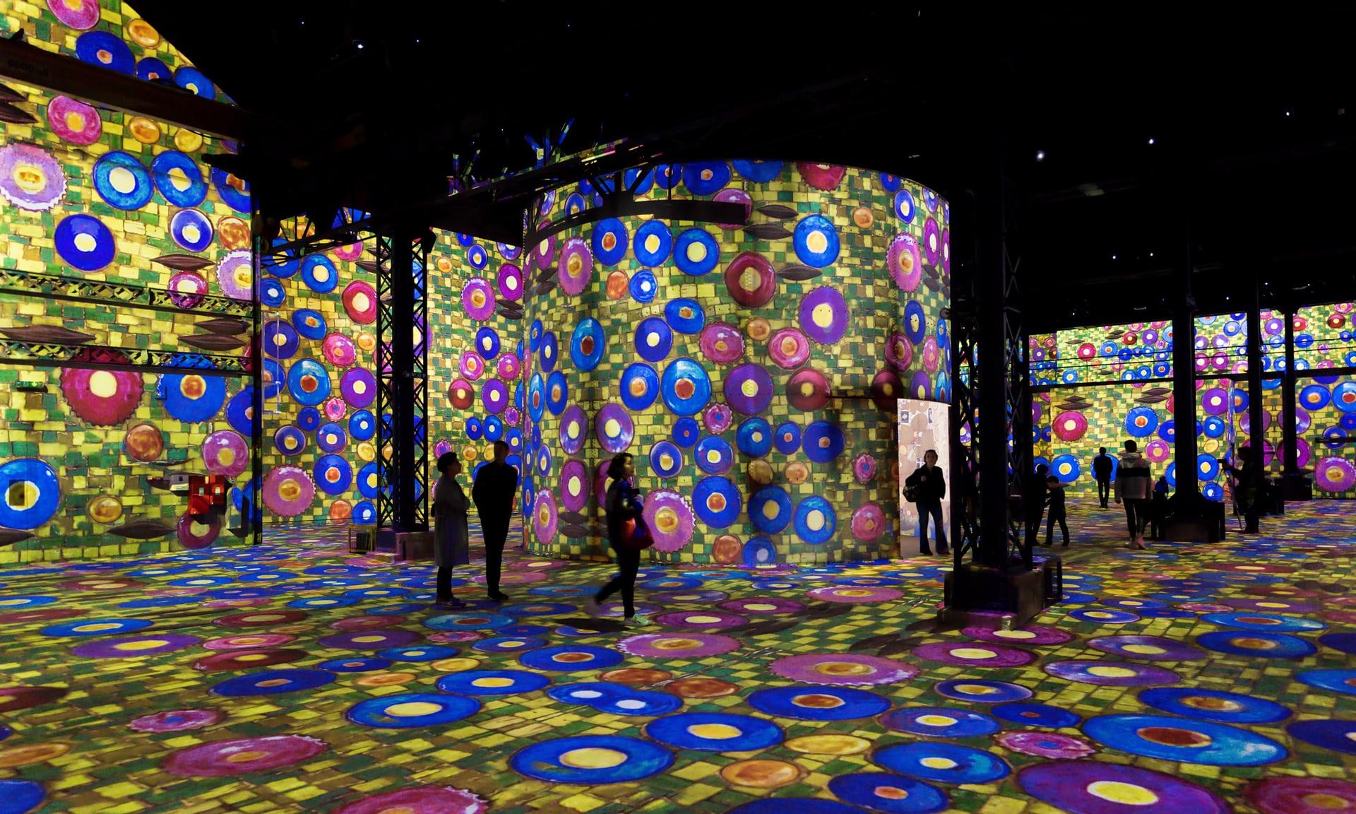 В Париже открылся первый цифровой художественный музей.Вокруг Света. Украина