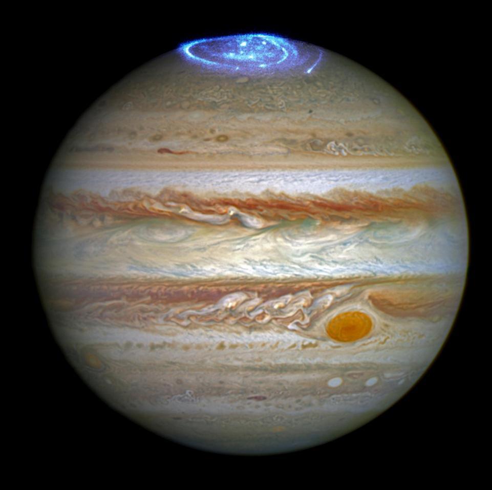 Спутники Юпитера рисуют узоры на полярном сиянии планеты.Вокруг Света. Украина