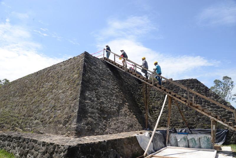 Землетрясение в Мексике помогло открыть древний храм ацтеков