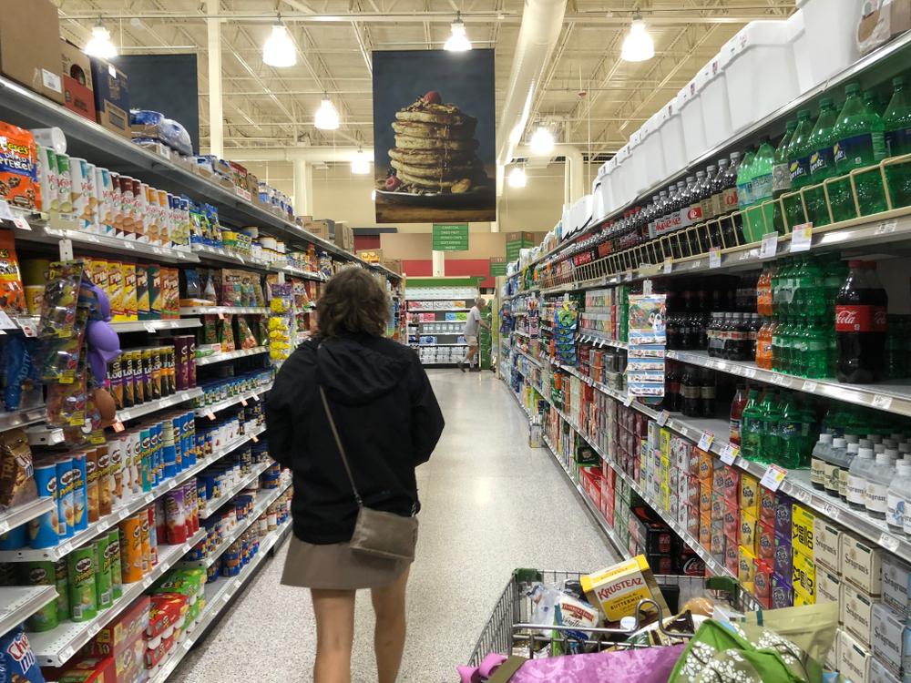 Очищенные яйца и чай без кофеина: что продается в супермаркетах в США