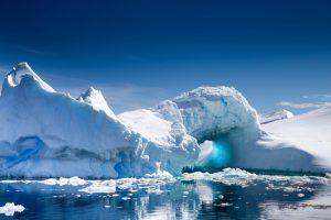 Под ледником Антарктиды нашли активный вулкан