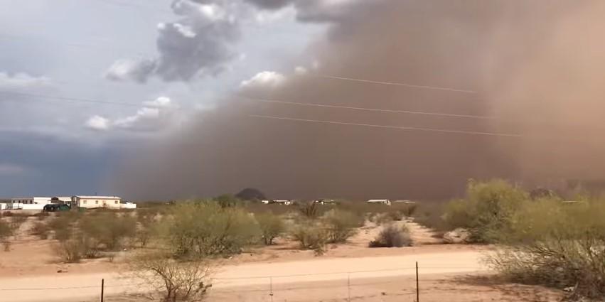 В США сняли на видео песчаный Апокалипсис